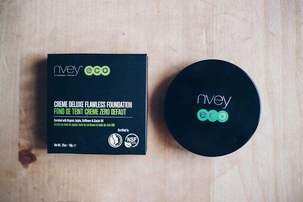 Recension av Nvey Eco Creme Deluxe Flawless Foundation Custard