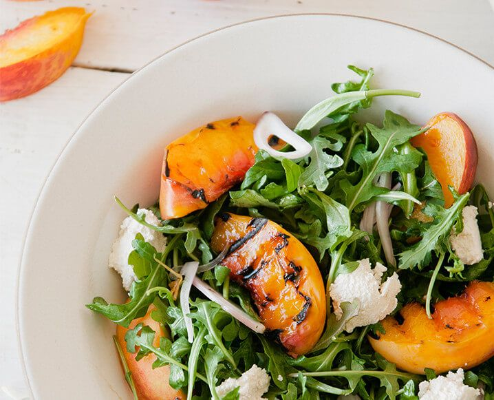 grillad persikosallad