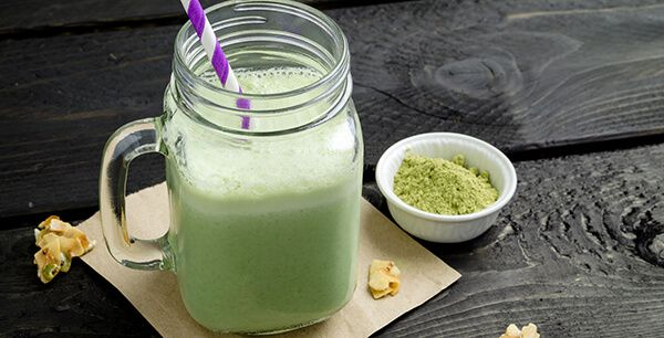 Smoothie made with powdered green tea (also known as matcha). Not only is this green smoothie delicious, it's also packed with antioxidants (thanks to the matcha powder). Healthy, refreshing and delicious, it's the perfect drink for those hot summer days.